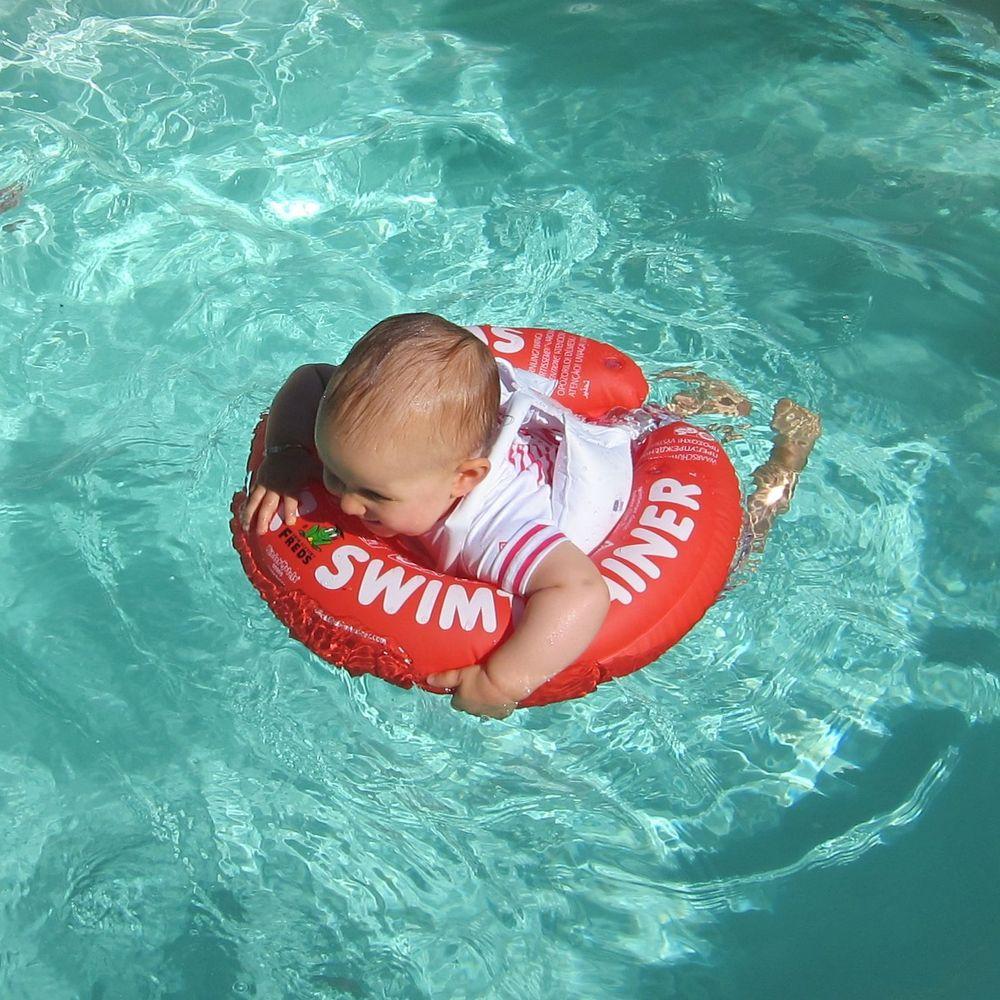 07/07/2013 - Aurélie aime l'eau - Piscine du Papa du Parrain